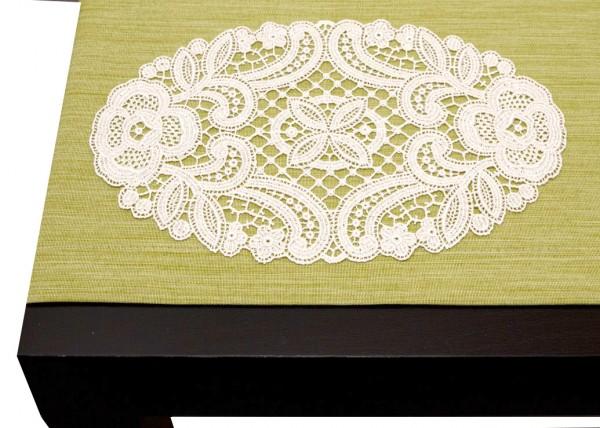 klassisches ovales Deckchen aus purer Spitze
